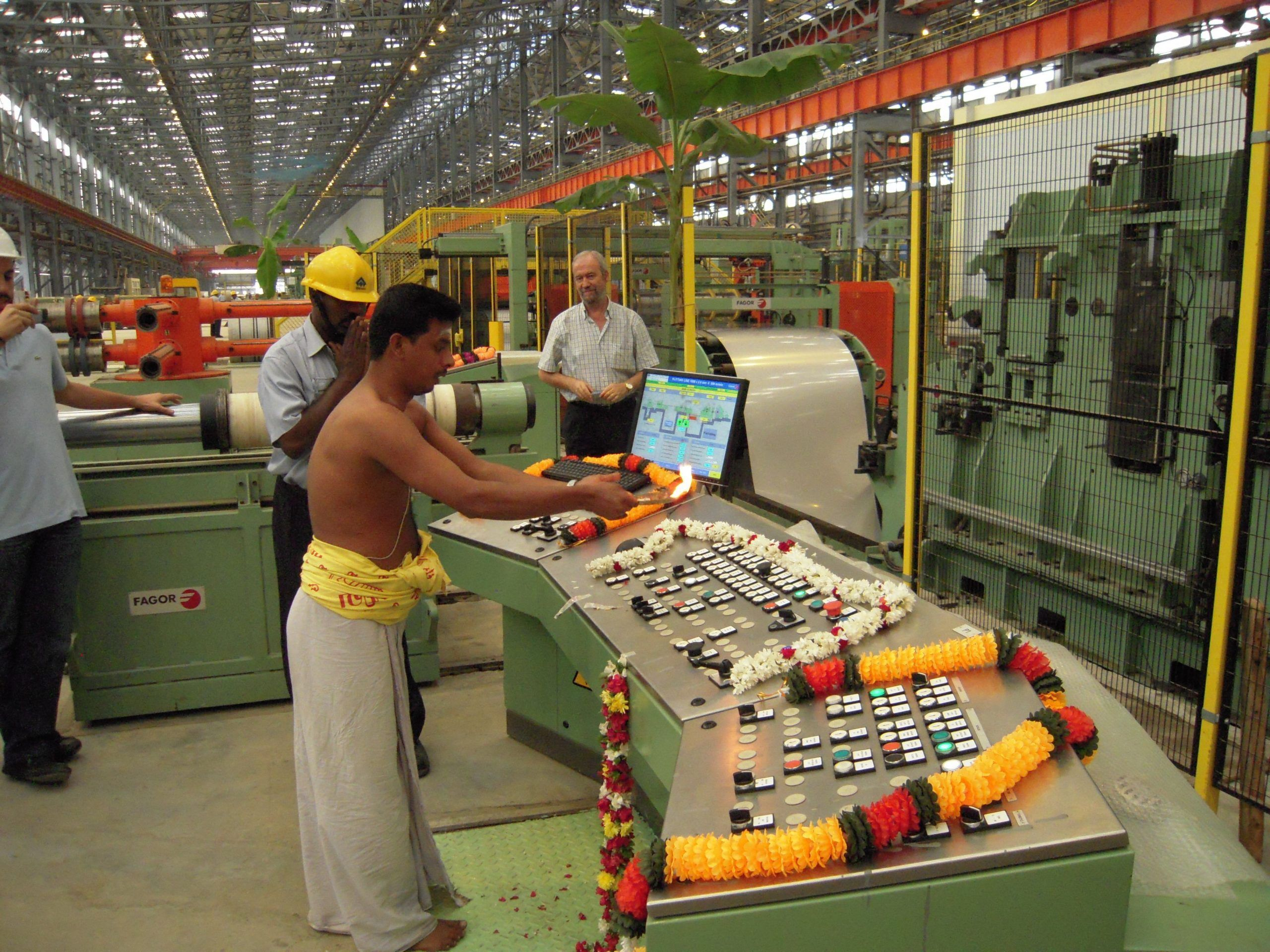 Fagor Arrasate event: Brilliant ceremony during the inauguration of a Fagor's slitting line in India