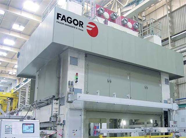Fagor Arrasate event: VOLKSWAGEN ORDERS A SERVOBLANKING PRESS FROM FAGOR